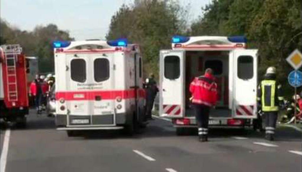 Gefährliches Wendemanöver: Drei Verletzte