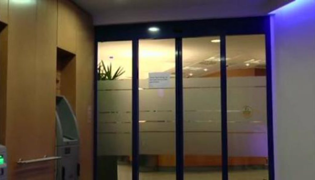 Unbekannter überfällt Volksbank in Papenburg