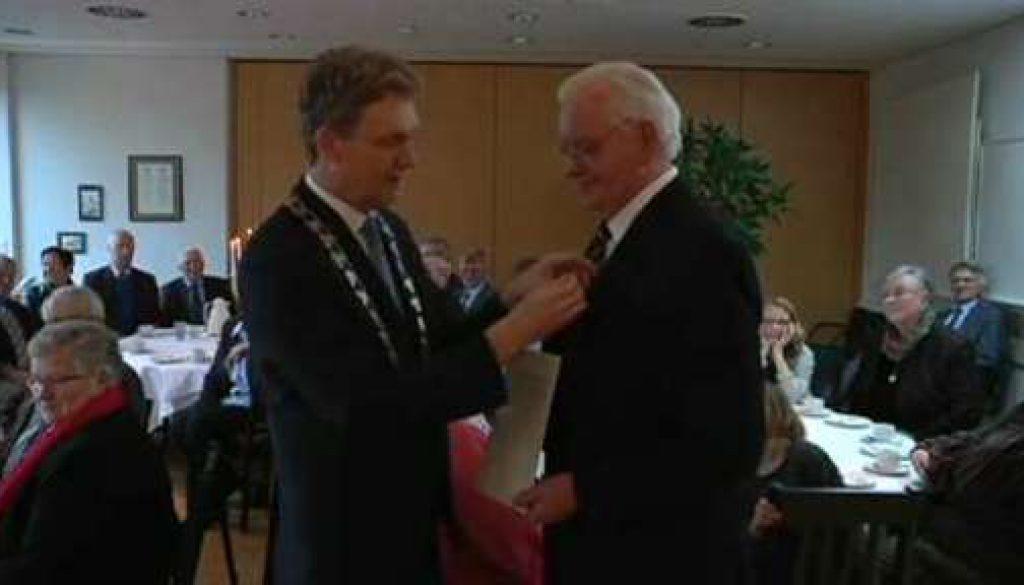 Bundesverdienstkreuz für Hubert Köllen aus Holthausen-Biene