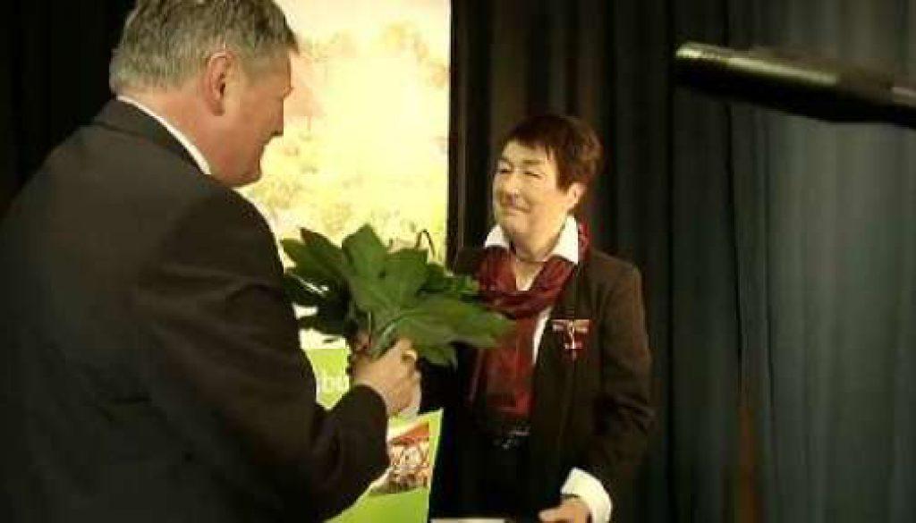 Ursula Feldmann erhält das Bundesverdienstkreuz