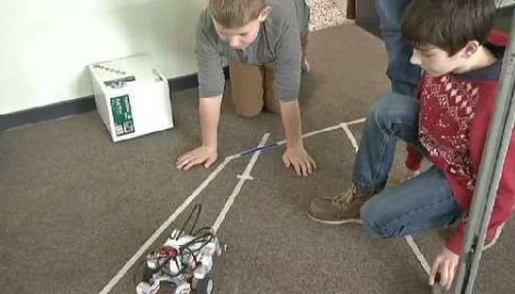 Legoroboter am LMG Neuenhaus