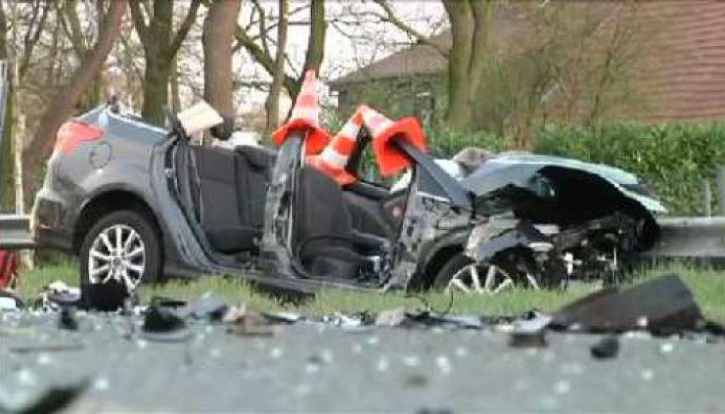 Frau in Lebensgefahr: Betrunkener verursacht schweren Unfall