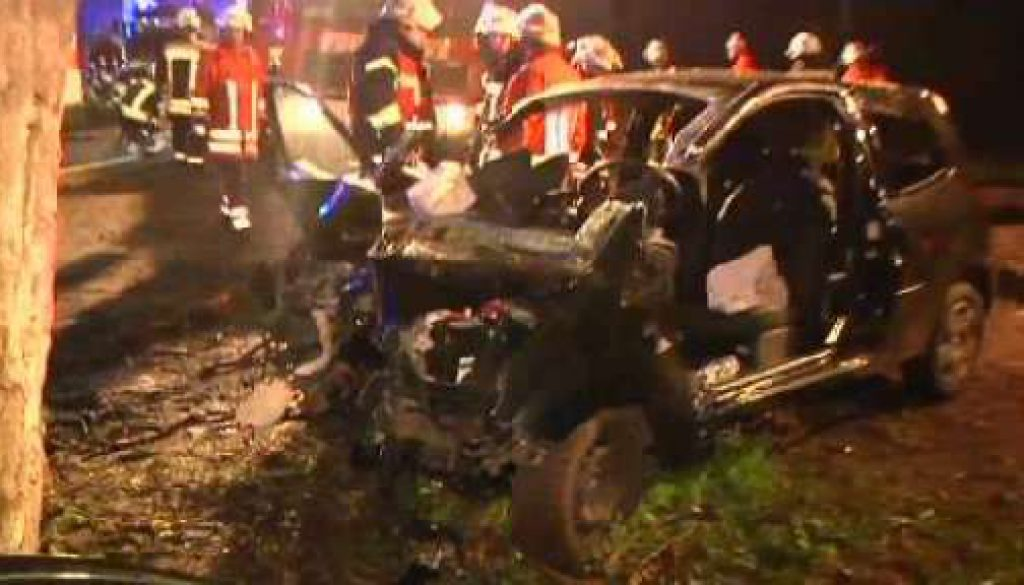 27-Jähriger erleidet bei Unfall in der Nacht schwere Verletzungen
