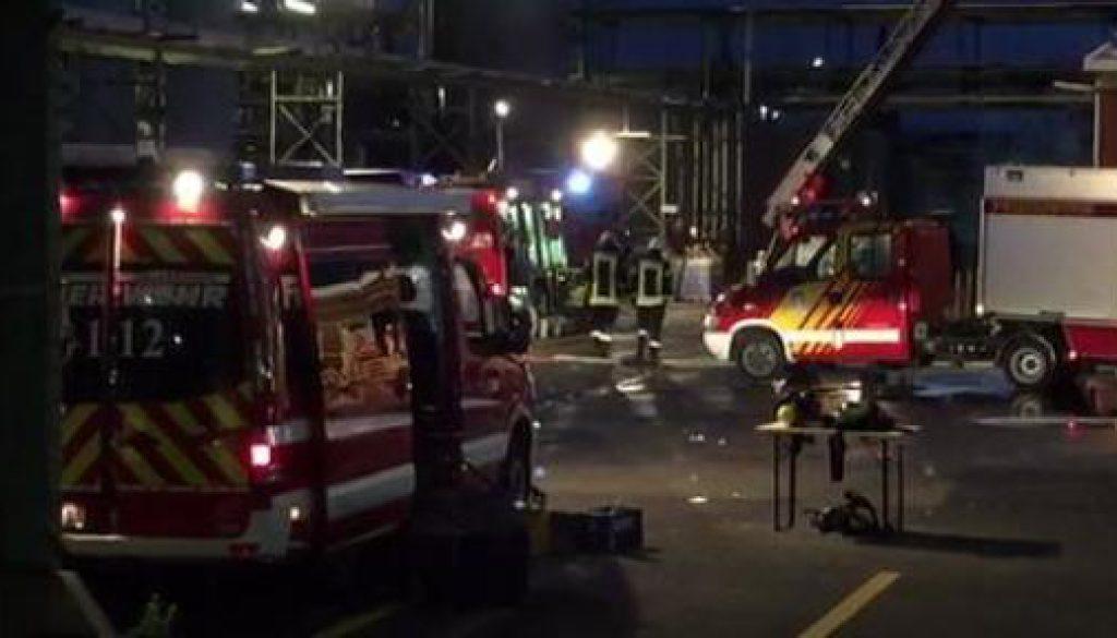 Feuer in Raffinerie in Salzbergen