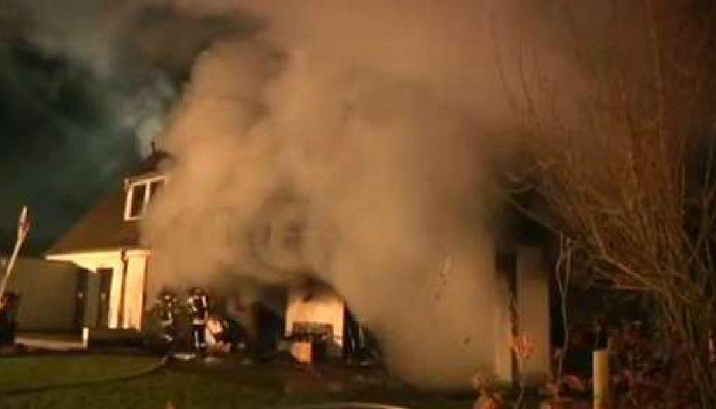 Feuer zerstört Haus in Meppen