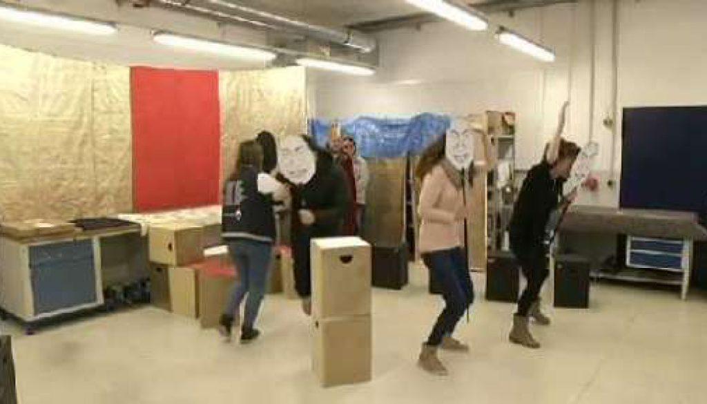 Grafschafter tanzen für einen Job