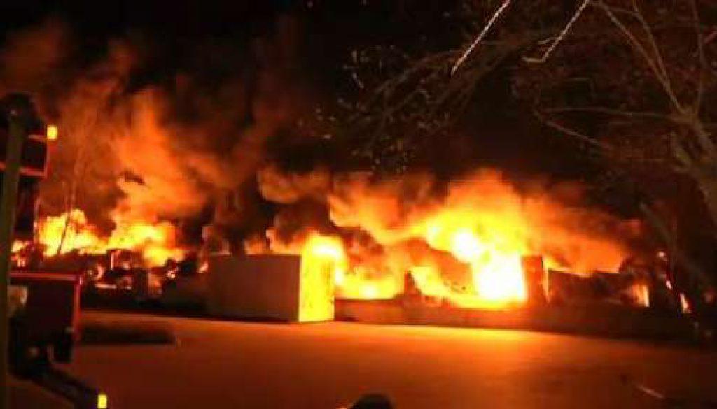 Großbrand zerstört Firma in Lingen