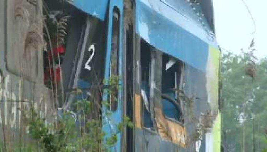 Tote und Verletzte bei Zugunglück