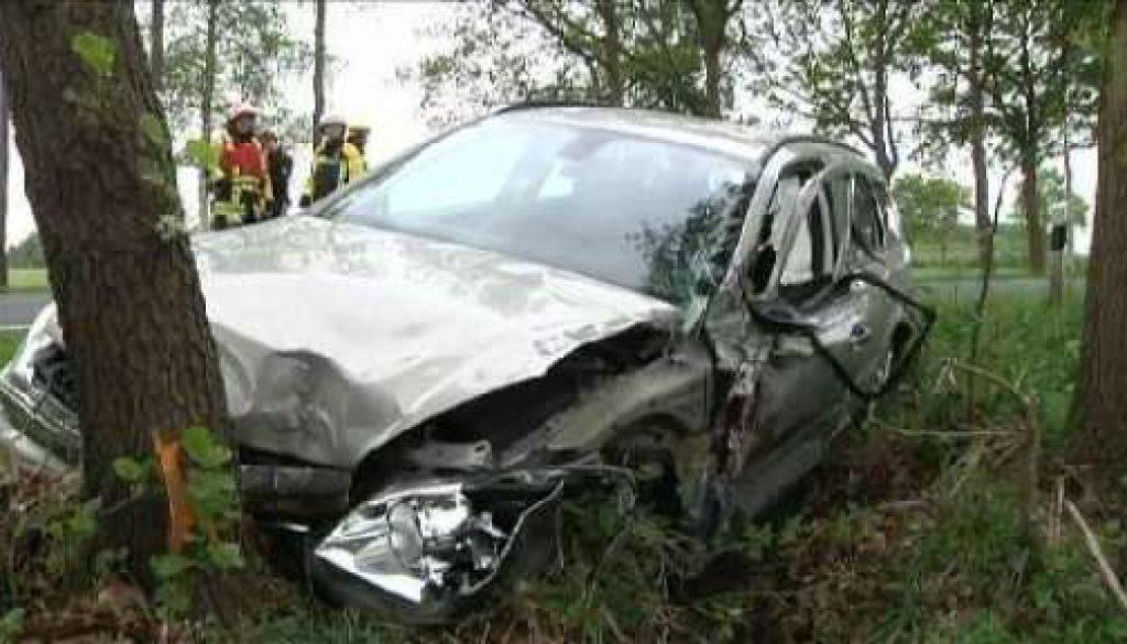 Zwei Verletzte nach Unfall auf B213 in Haselünne