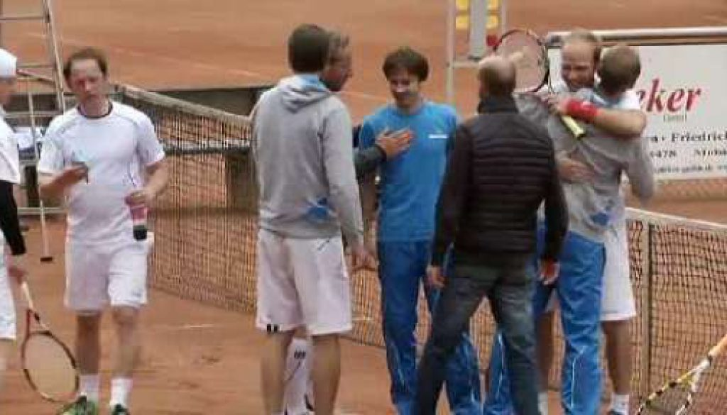 Etwas Glück, viel Teamgeist - Tennisherren 30 feiern Klassenerhalt