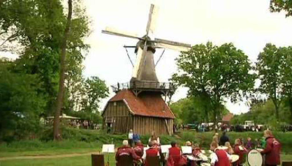 Viele Besucher beim Hüvener Mühlentag