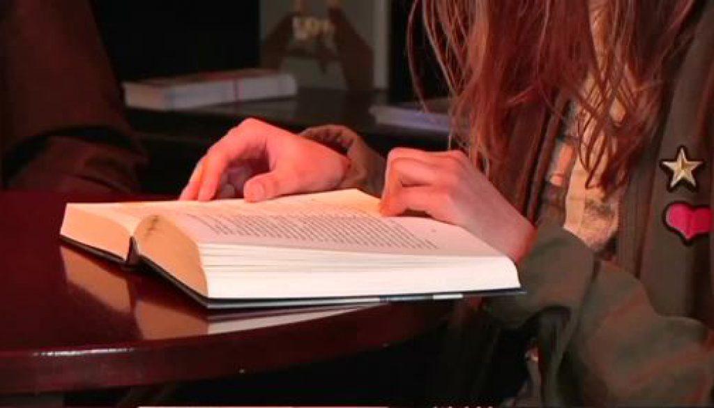 """""""Lesen ist ein grenzenloses Abenteuer der Kindheit"""""""