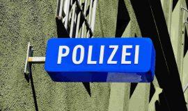 Screen_Polizei_Schild