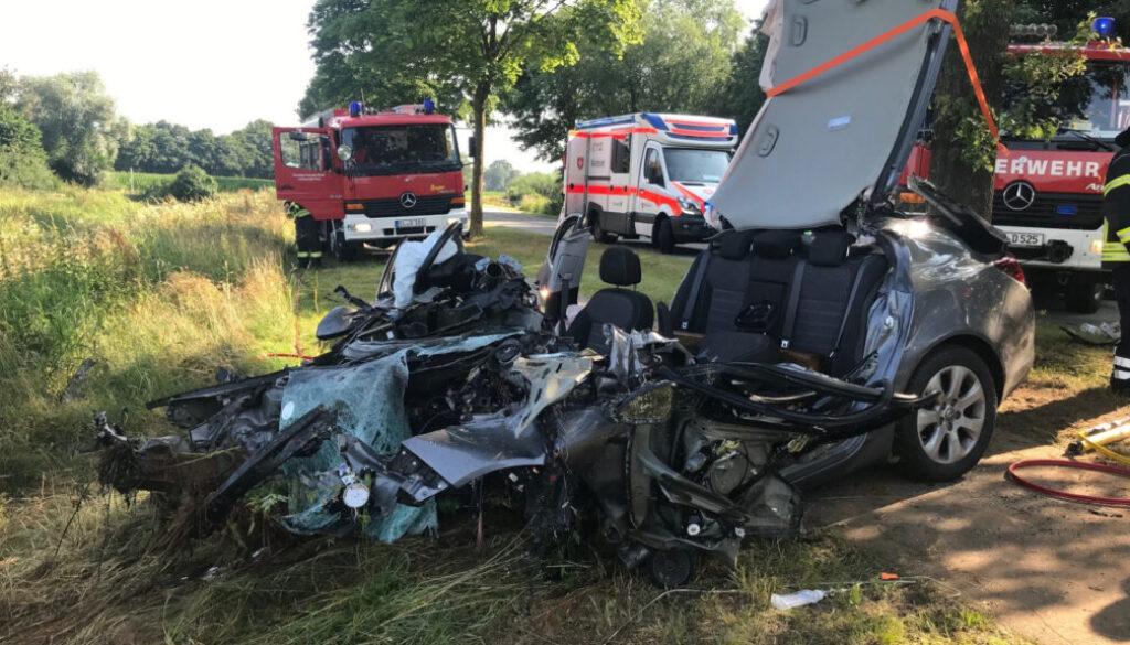 screen_27-Jaehriger verstirbt nach Unfall an der Einsatzstelle