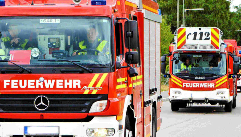 Symbolbild_Feuerwehr_Loeschzug
